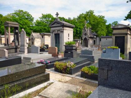 Caveaux et ossuaires – Tout ce qu'il faut savoir sur ces équipements funéraires