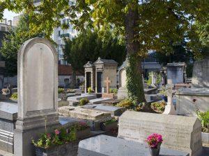 Anticiper la saturation du cimetière : plus qu'un devoir, une obligation