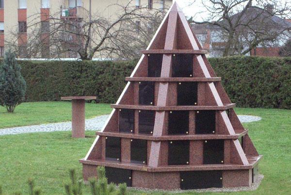 columbarium pyramide